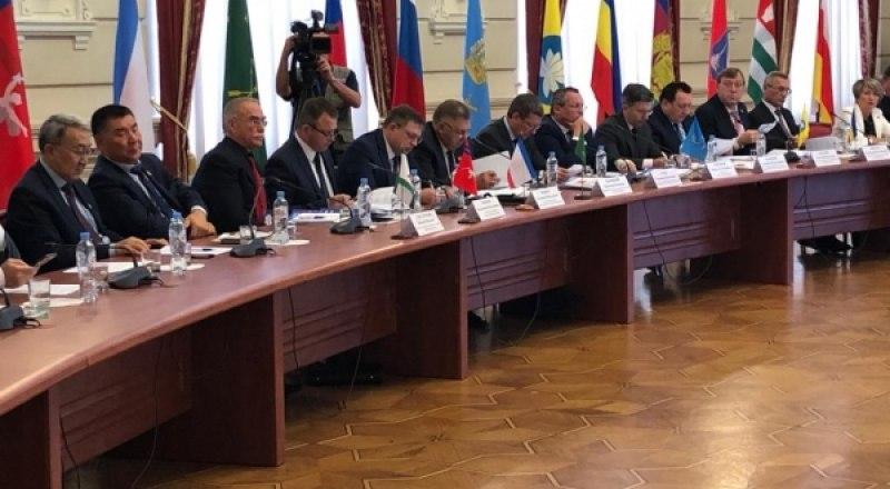 XXXI конференция Южно-Российской парламентской ассоциации.