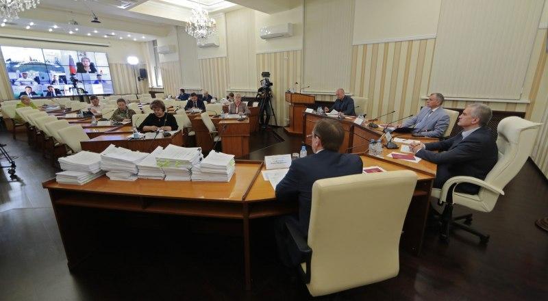 Решение о проведении общекрымского выпускного будет принято через две недели.