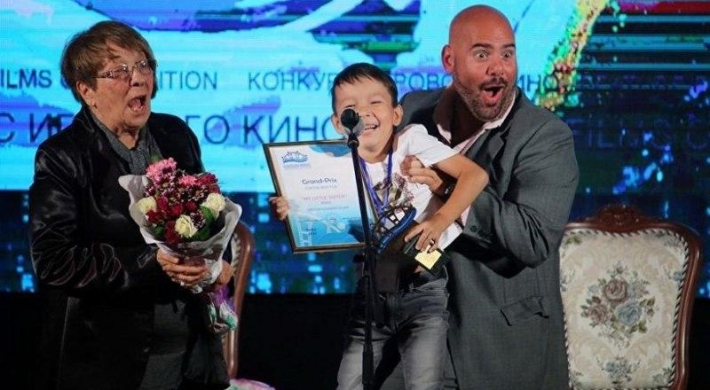 Главный приз принимает Арслан Крымчурин.