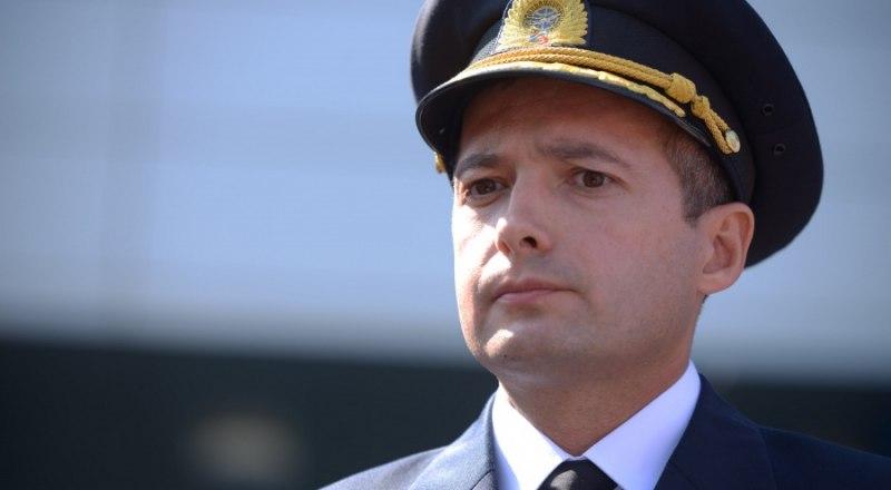 Капитан воздушного судна Дамир Юсупов не считает себя героем.