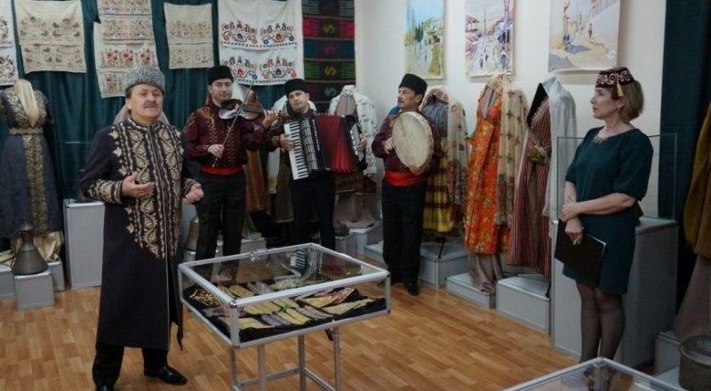 Музыка в музее ещё зазвучит. Фото Юнуса Османова.