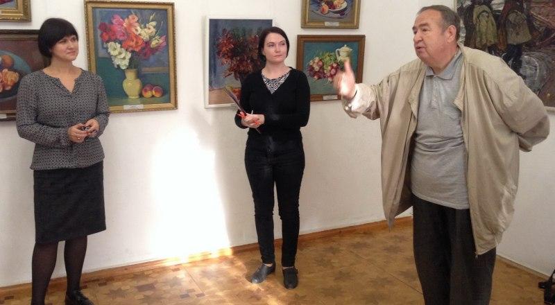 Сергей Пушкарёв на открытии выставки.