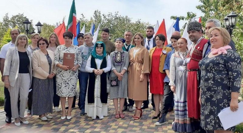 Участники форума. Фото Виктора Петрова.