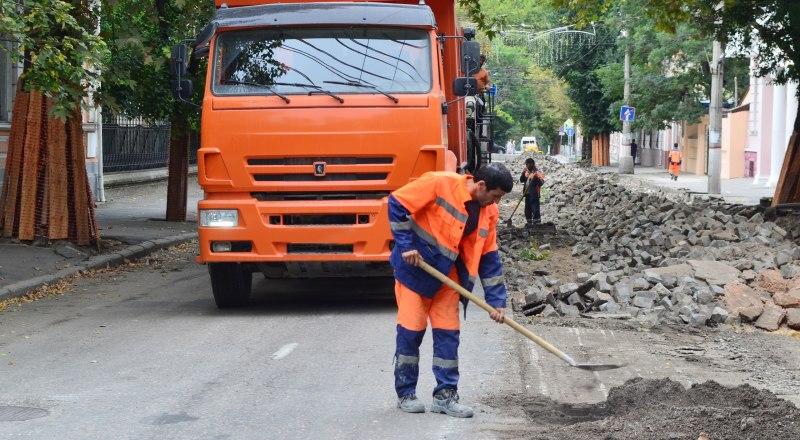Большинство отраслей, в частности строительство и ЖКХ, не сможет перейти на сокращённую рабочую неделю.