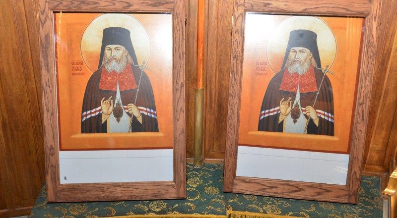 Две иконы святителя Луки Крымского пробудут в Свято-Троицком соборе Симферополя до окончания рождественских праздников.