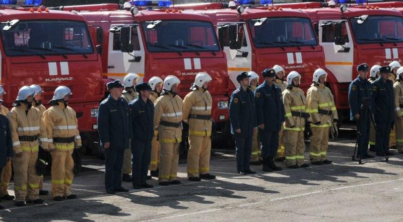 Несмотря на водный кризис, пожарным расчётам ресурс выделяют неукоснительно.