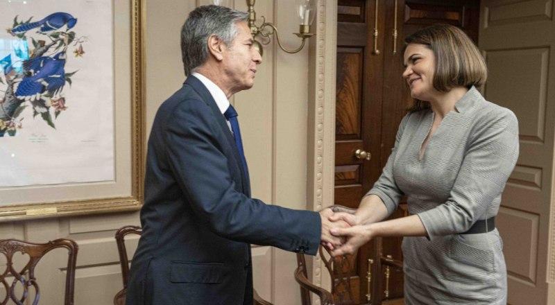 Домохозяйка и госсекретарь.