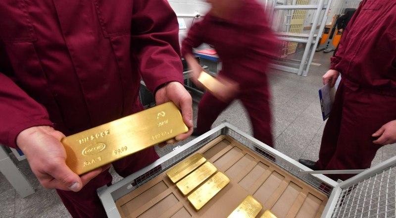 По итогам прошлого года запасы драгоценного металла в «закромах» страны составили 2271 тонну.
