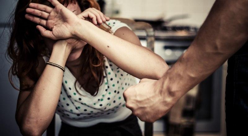 Драки между супругами могут привести к смерти и уголовному делу.