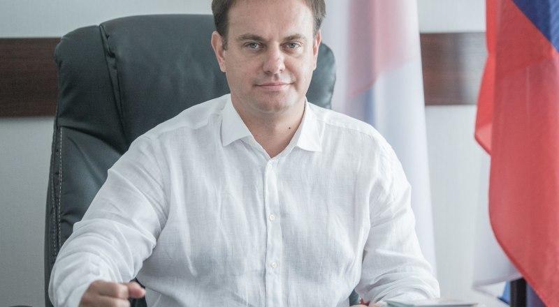 По мнению министра, советские рекорды могут быть побиты. При должной подготовке Крым в перспективе сможет принимать более 10 миллионов туристов в год.