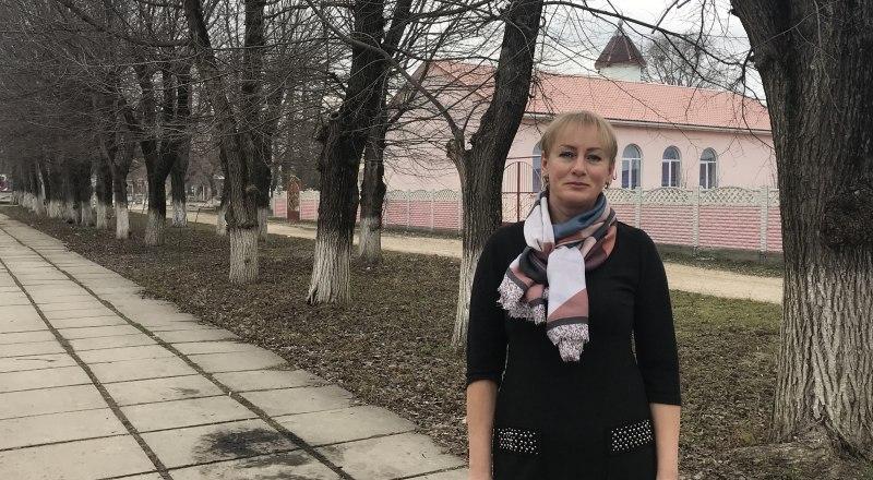 Вера из Зеленогорского просит власти республики обратить внимание на школу. Дети хотят вернуться в свои классы.