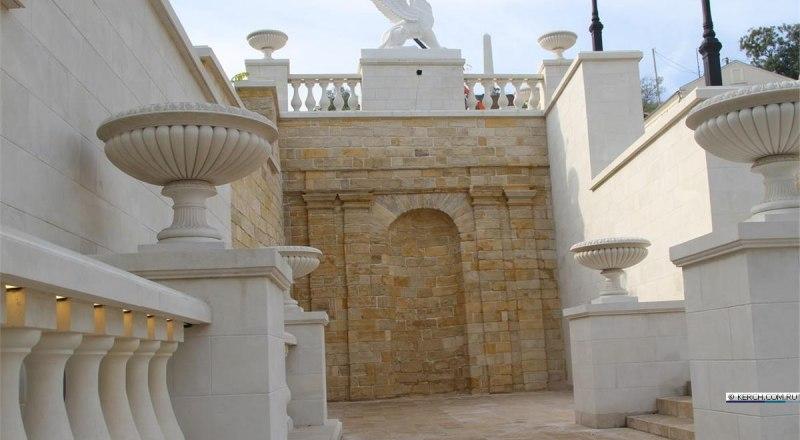 Митридатская лестница обрела былую красоту и величие.
