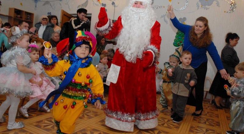 В этом году крымские дети останутся без традиционного визита Деда Мороза.
