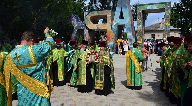Молебен в честь Дня семьи, любви и верности пройдёт в Детском парке Симферополя.