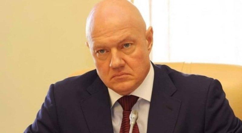 Следователь по делу Виталия Нахлупина заявил, что на свободе обвиняемый может принять меры к сокрытию документов, склонить свидетелей к даче ложных показаний.