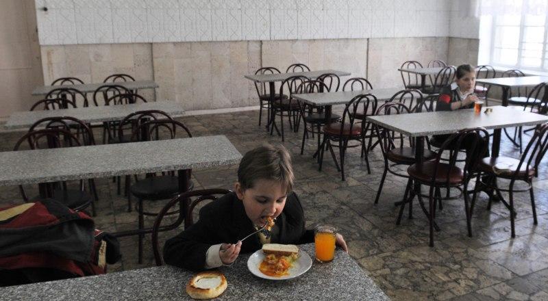 Если школьные повара не халтурят, дети едят с удовольствием.