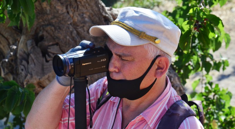 В Роспотребнадзоре эпидобстановку в Крыму считают вполне благоприятной, но всё равно необходимо носить маски, а в идеале - ещё и перчатки.