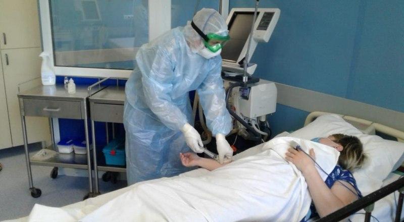 Медики, работающие с COVID-пациентами, получили право досрочного выхода на пенсию.