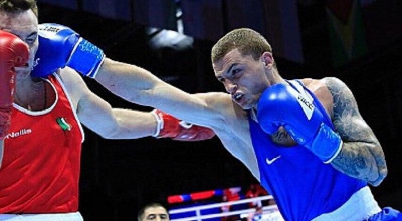 Таким мощным ударом симферополец, чемпион мира Глеб Бакши (на снимке справа) побеждает не одного соперника на международном и национальном рингах.