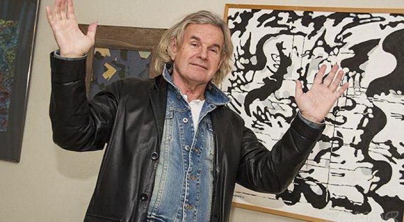 Постоянный участник выставок современного абстракционизма Владимир Бойченко.