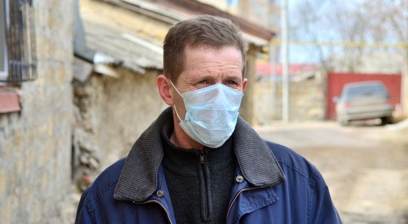 В Крыму подтверждённых случаев заражения коронавирусом пока нет, но многие граждане принимают меры предосторожности.