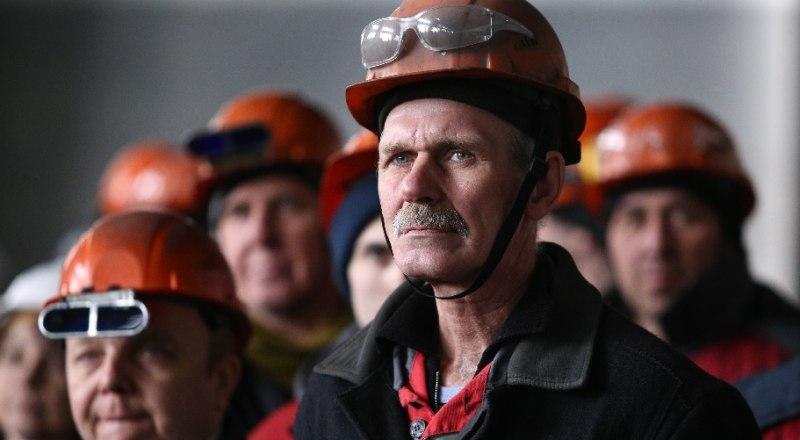 Среднестатистический россиянин работает 1978 часов в году. Немцы трудятся всего 1371 час.