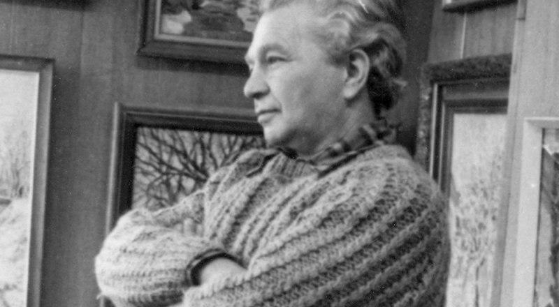 Художник в мастерской в Алупке. 1974 год.