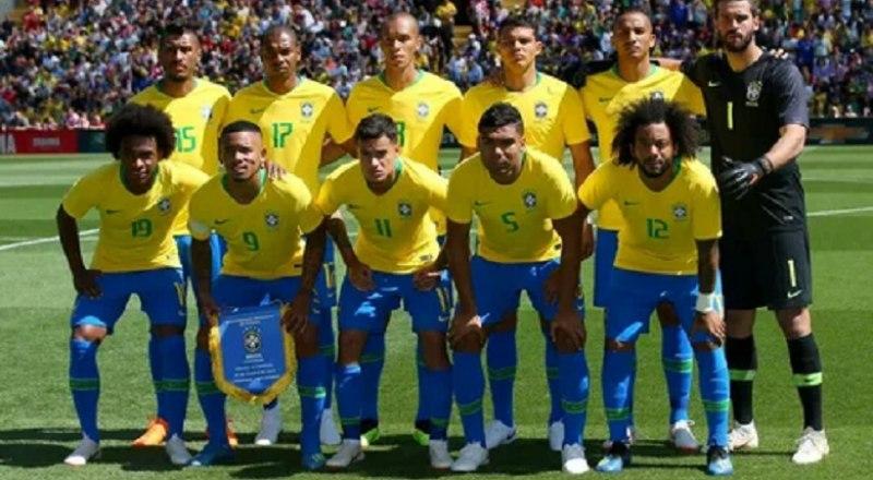 Сборная Бразилии-2021, которая расчитывает выиграть Кубок Америки в десятый раз.