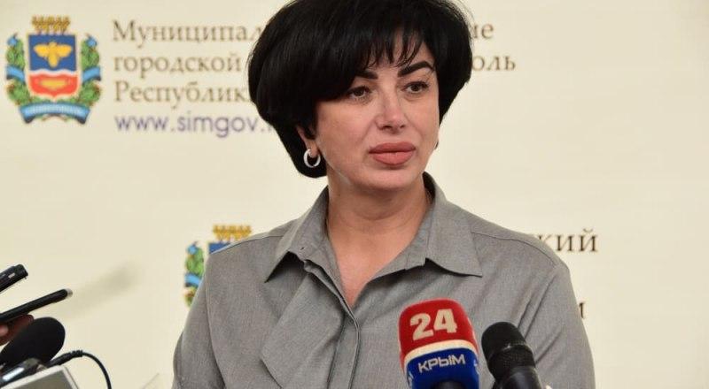 Глава администрации Симферополя Елена Проценко одна из первых получила свою должность.