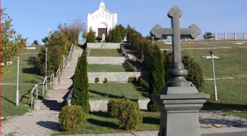 Братское кладбище на Петровской Балке в Симферополе.