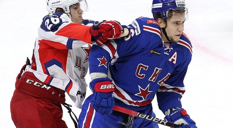 Главными матчами в КХЛ становятся встречи ЦСКА и СКА, в которых уже дважды победы одерживали москвичи с одинаковым счётом по 3:1.