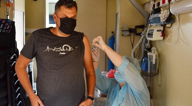«Спутник Лайт» в Крыму есть: вакцина вводится в один этап и показана только ранее вакцинированным.