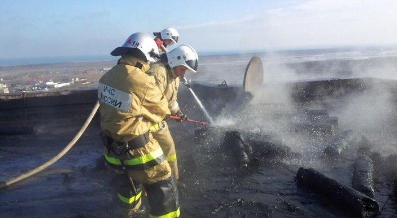 Пожарным удалось ликвидировать возгорание в щёлкинской многоэтажке, не дав взорваться оставшимся 16 баллонам.