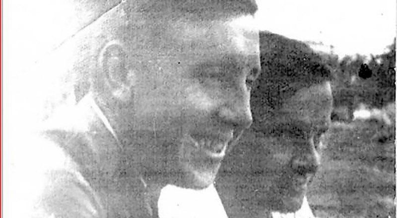 Братья Валентин (слева) и Михаил Соловьёвы, до войны.