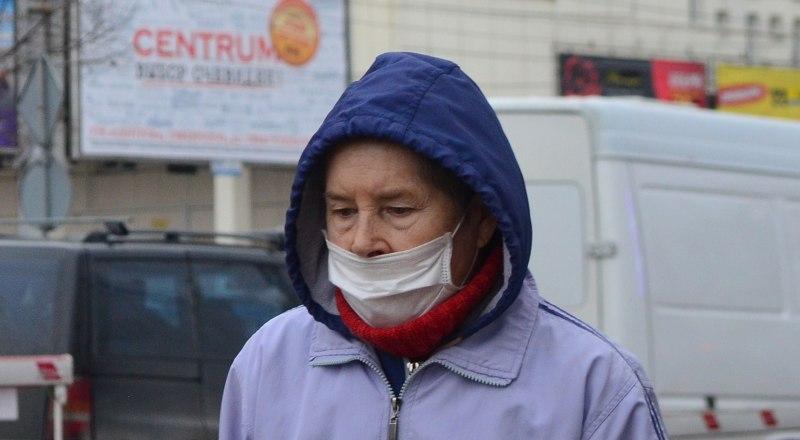 Освящённые в церкви медицинские маски не спасут от коронавируса.