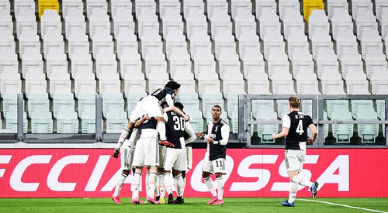 Вот такой он ныне европейский футбол без зрителей на трибунах стадионов.