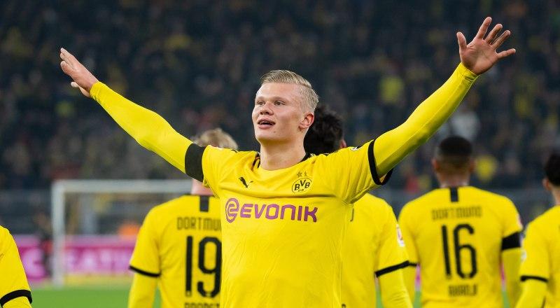 Очередной гол забивает футболист дортмундской «Боруссии» и сборной Норвегии 19-летний Эрлинг Холанн.