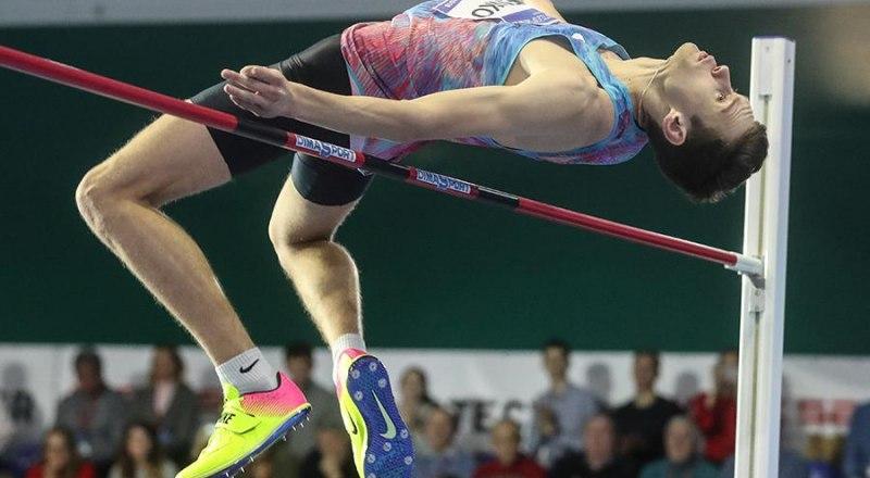 Прыгает в высоту Даниил Лысенко, которого наши «заклятые друзья» считают виновником всех бед в российской лёгкой атлетике.