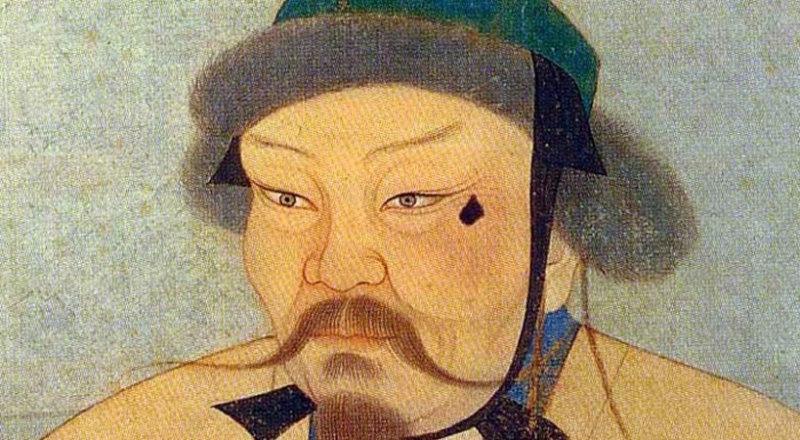На изображении Угэдэя, сына и наследника Чингисхана, плоская форма меланомы кожи левой скуловой области.