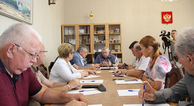 Заседание Общественной палаты Республики Крым. Фото с сайта opcrimea.ru