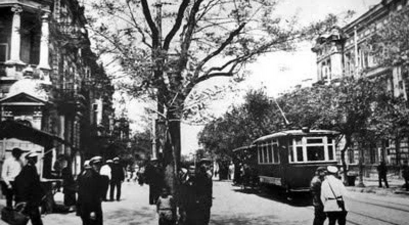 Трамвай в Севастополе. Фото с сайта Ялта:путеводитель.