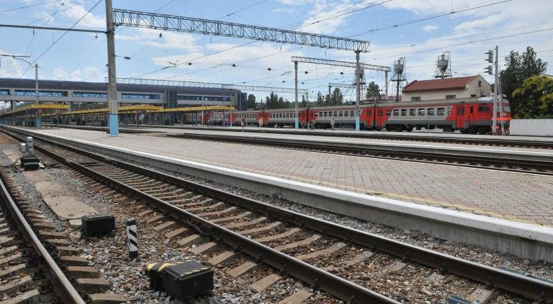 Прогнозируют, что поезда на полуостров пойдут раньше назначенного срока.
