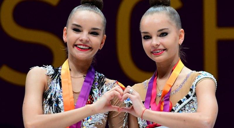Многократные чемпионы мира по художественной гимнастике сёстры-близнецы Дина и Арина Аверины.