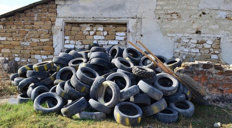 Складировать шины, где душа пожелает, категорически запрещено.