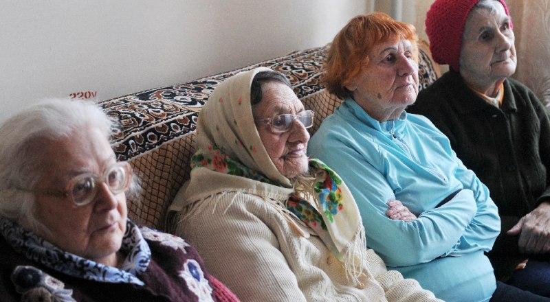 Пенсионеры чаще всего становятся жертвами обманщиков.
