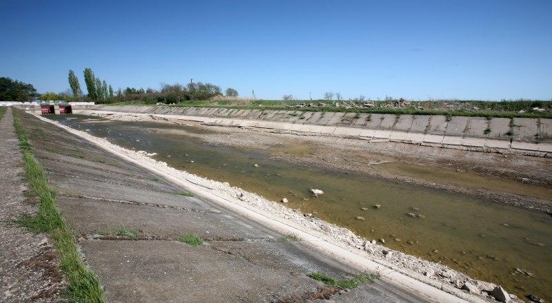 Вода в канале есть только благодаря водозаборам Джанкойского и Нижнегорского районов.