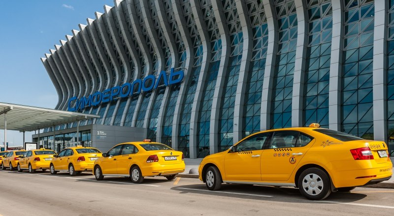 Таксисты в аэропорту должны работать по закону, и точка. (Фото из открытых источников)
