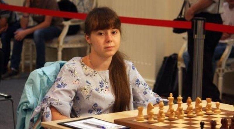 И как бы в дальнейшем ни сложилась спортивная судьба Маргариты Потаповой, в историю мирового спорта она войдёт, как воспитанница крымской шахматной школы.