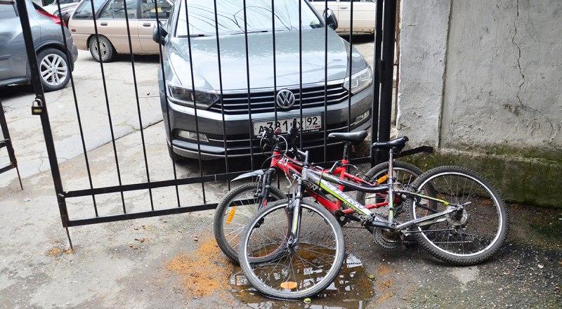 Велосипеды красть нельзя. Даже если они «плохо лежат».