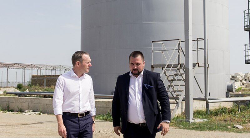 Новый завод - это ещё и рабочие места для крымчан.